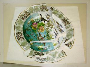 Beautiful, hand painted porcelain bowl by Herend
